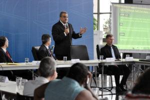 Leandro Ramires Presidente da AMA+ME discursa em reunião do CONAD