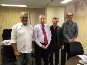 Da esquerda para a direita: Dr. Leandro Ramires, Cel. Roberto Alegretti, Norberto Fischer e Prof. Renato Malcher